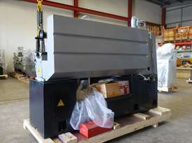 410mm Swing Centre Lathe, 52mm Spindle Bore - picture5' - Click to enlarge