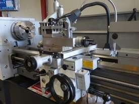 410mm Swing Centre Lathe, 52mm Spindle Bore - picture11' - Click to enlarge