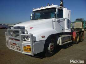 2004 Freightliner Century Class FLX C120 - picture3' - Click to enlarge
