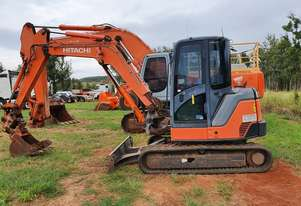 HITACHI ZX60 USB 3F RUBBER TRACKED HYDRAULIC EXCAVATOR