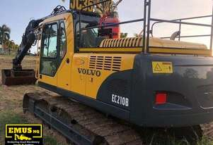 2006 Volvo EC210BLC, 21ton Excavator + attachments - E.M.U.S MS490