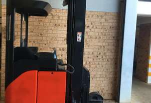 National Forklifts-late Model Reach LINDE R20 2ton 8.2m Great Batt! Low Hours