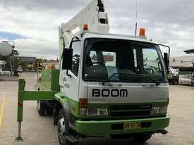2007 MITSUBISHI FIGHTER 7.0 WITH 2007 SHERRIN TRAVEL TOWER - picture0' - Click to enlarge
