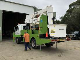 2007 MITSUBISHI FIGHTER 7.0 WITH 2007 SHERRIN TRAVEL TOWER - picture2' - Click to enlarge