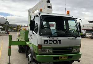 2007 MITSUBISHI FIGHTER 7.0 WITH 2007 SHERRIN TRAVEL TOWER