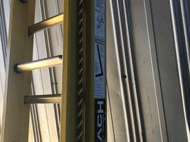 Branach Fiberglass Extension Ladder 4.6 to 7.6 Meter Industrial FED7.6 - picture2' - Click to enlarge