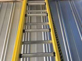 Branach Fiberglass Extension Ladder 4.6 to 7.6 Meter Industrial FED7.6 - picture3' - Click to enlarge