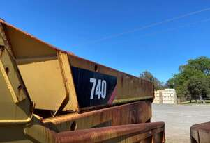 Caterpillar 740 Tray (C/W Rams)