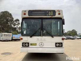 1987 Mercedes Benz PMC Commuter - picture0' - Click to enlarge