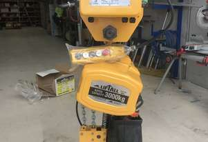 Beaver 3 tonne Electric chain hoist and electric trolly new.