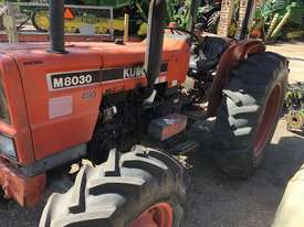 Kubota M8030 Tractor - picture0' - Click to enlarge