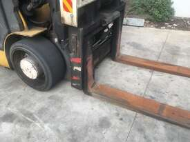 8.0T Diesel  Counterbalance Forklift - picture1' - Click to enlarge
