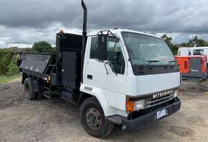 1993 Mitsubishi FH 4x2 Flocon Road Maintenance Truck