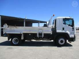 Isuzu FTR900 - picture0' - Click to enlarge