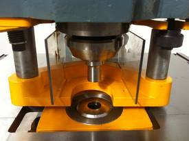 KINGSLAND MULTI 95 / HYDRAULIC SHEAR CLAMPING - picture12' - Click to enlarge