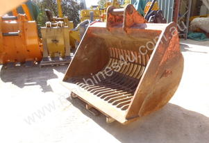 Sorting Screening Rake Sieve Buckets for Hire