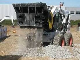 MB CRUSHER BUCKET - L140 - picture9' - Click to enlarge