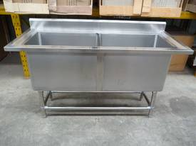 NEW COMMERCIAL STAINLESS STEEL 2 TIER TROLLERY - picture3' - Click to enlarge