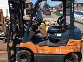 Used Toyota 7FB25 electric forklift - picture5' - Click to enlarge