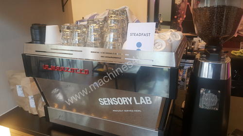 05/2016 La Marzocco Commercial Coffee Machine