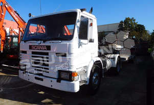 P82M Prime mover Truck with Low Loader - 434,408km