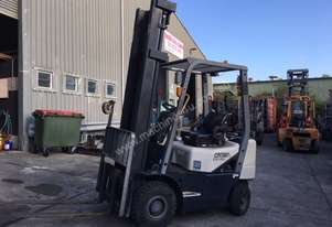 Crown 1.8 Tonne LPG Forklift with 4000mm lift