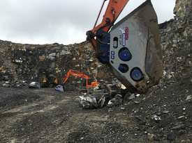 XCENTRIC 16T+ CRUSHER BUCKETS   RENT-TRY-BUY TODAY! - picture7' - Click to enlarge