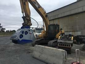 XCENTRIC 16T+ CRUSHER BUCKETS   RENT-TRY-BUY TODAY! - picture10' - Click to enlarge