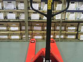 New 2.5t Pallet Jack For Sale - picture1' - Click to enlarge
