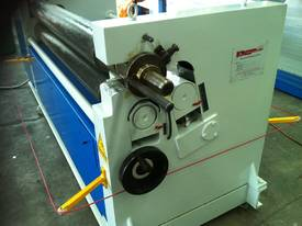 SM-S1510 - 1500mm X 10mm Plate Rollers - picture5' - Click to enlarge