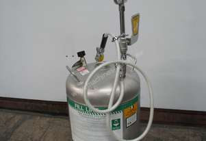 45L Pressurised Portable Eye Wash Station with Drench Hose
