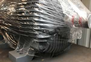 160 kw 220 hp 4 pole 415 volt AC Electric Motor
