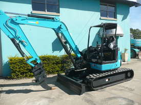 5.0 Tonne Airman Excavator for HIRE with Buckets & Ripper - picture0' - Click to enlarge