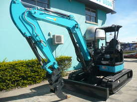5.0 Tonne Airman Excavator for HIRE with Buckets & Ripper - picture1' - Click to enlarge