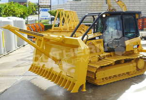 CAT D5K LPG Stick Rake & Tree Pusher DOZRAKE