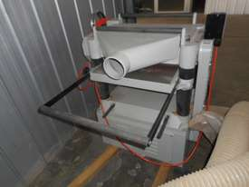 Near brand new 600mm thicknesser - picture0' - Click to enlarge
