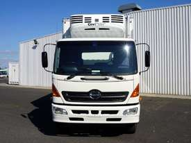 2004 Hino GH (6x2) 12 Pallet Refrigerated Truck  - picture2' - Click to enlarge