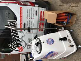Steam vac invader carpet extractor 69 hours - picture1' - Click to enlarge