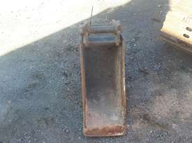 Custom 290mm batter/mud bucket Bucket-GP Attachments - picture2' - Click to enlarge