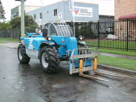 Rough Terrain Forklift - picture1' - Click to enlarge