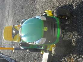 John Deere D140  Standard Ride On Lawn Equipment - picture4' - Click to enlarge