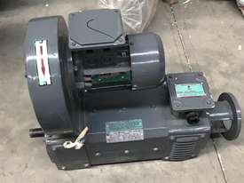 2.2 kw 3 hp 1500 rpm 180 volt 80L frame DC Electric Motor - picture2' - Click to enlarge