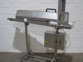 Stainless Steel Variable Speed Motorised Belt Conveyor - 1.3m long - picture0' - Click to enlarge