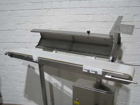 Stainless Steel Variable Speed Motorised Belt Conveyor - 1.3m long - picture2' - Click to enlarge