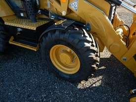 2018 CAT 432F2 Eco Turbo Powershift Backhoe Loader - picture6' - Click to enlarge