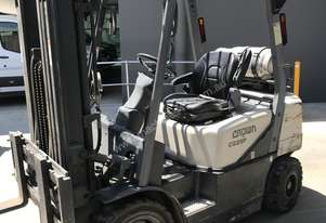 Crown   LPG Forklift