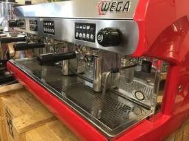 WEGA POLARIS 3 GROUP RED ESPRESSO COFFEE MACHINE - picture9' - Click to enlarge