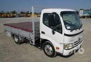 HINO 300 SERIES Table Top Truck