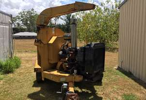 Vermeer   1250 wood chipper