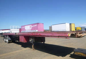 Fruehauf    Flat top Trailer